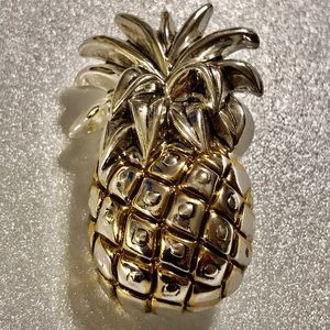 Vintage Best Pineapple Pendant Brooch